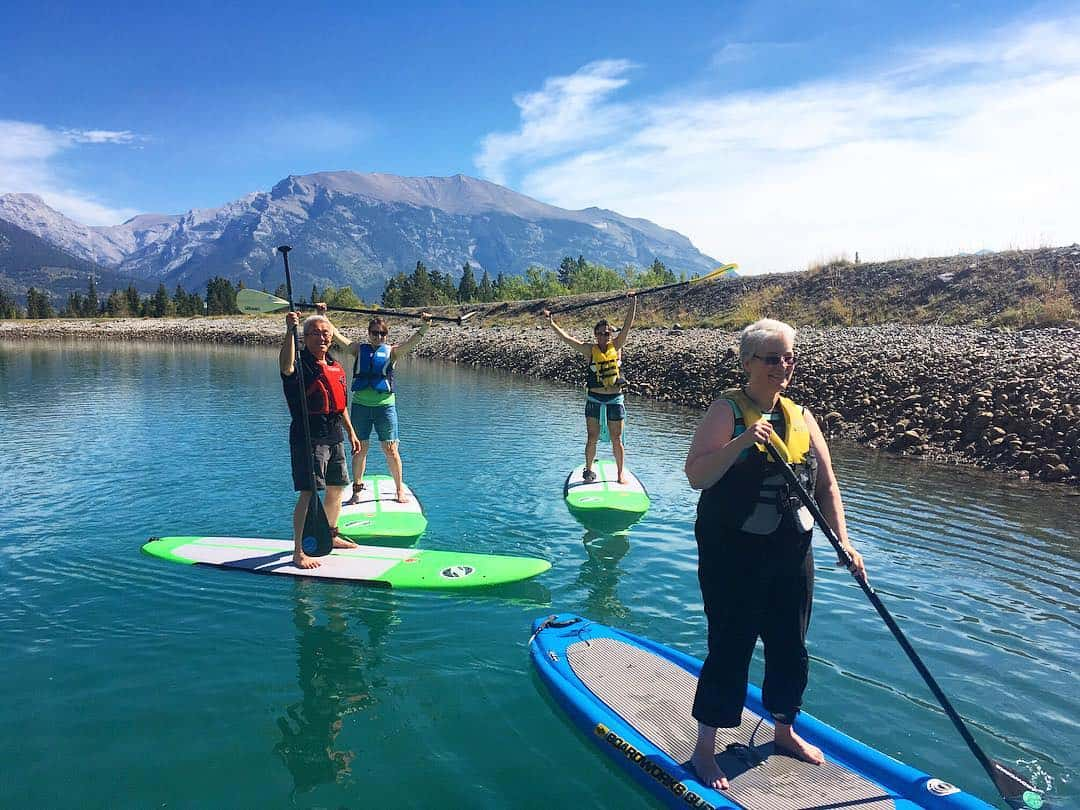 #tbt when it was still kind of summer last week and a gorgeous day of #standuppaddleboarding on #canmore reservoir. Thanks again to Brandon @bowvalleysup and the E=mc2 crew for booking this with #guidemebanff #placestovisit #mountaincultureelevated #mountains #itsstillsummer #fallvibes #standuppaddle #getoutside #exploreberta #neverstopexploring #newchallenges #adventureisoutthere #adventureculture
