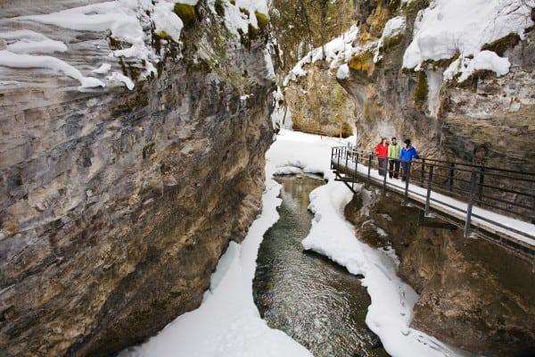 Ice_Walking_Johnston_Canyon_Bow_Valley_Parkway_Paul_Zizka_1_Horizontal